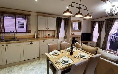 CJ's Holiday Homes Staycations at Tattershall Lakes